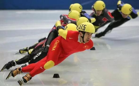 韩国国球遇挑战使阴招,国将拼刀奋战血洒赛场,不要脸!长白山也是你的?