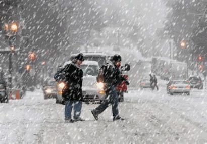 市城管会战指挥部:雨雪天气,注意安全行车