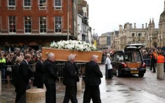 霍金葬礼在英国剑桥举行 亲友为其送行