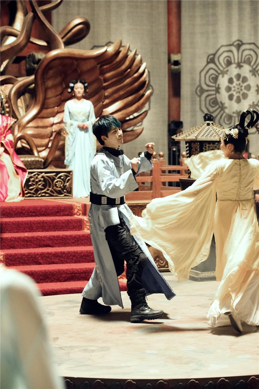 吴亦凡PK吴磊 《七十二层奇楼》尬舞争当舞王