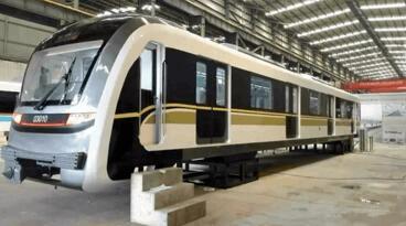 大运量新车型亮相重庆轨交5号线进展迅速促沿线东原中