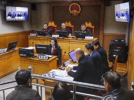 """运城市行政正职首长首次出庭应诉""""民告官""""案"""