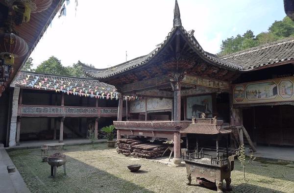 祠堂、戏台、古村落 一次宁海访古