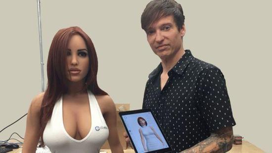 这款性爱机器人能说会走 这就算完美吗?(组图)
