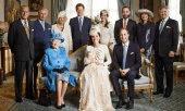 年薪26万住皇宫,英国女王都需要的新媒体运营官要如何