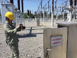 国网咸宁供电开展红外测温 保电网安全运行