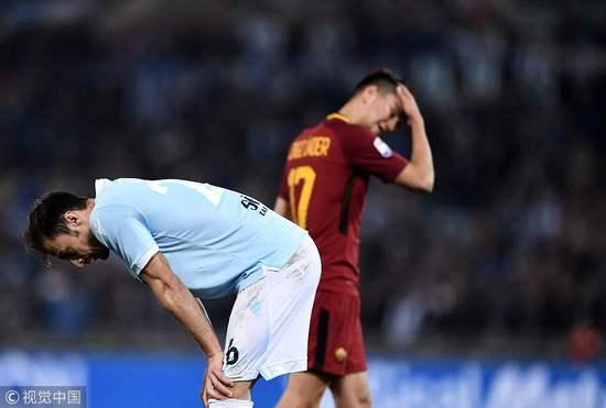 意甲-拉杜染红哲科2次中柱 罗马0-0平10人拉齐奥
