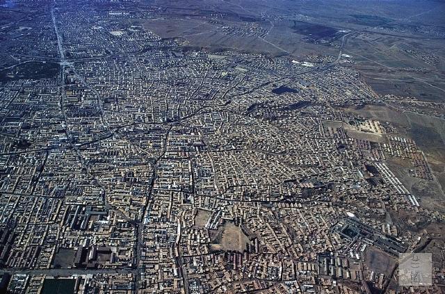 空中看中国:30年前,城市长这样