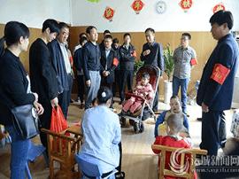 运城总工会志愿者开展关爱孤残儿童献爱心活动