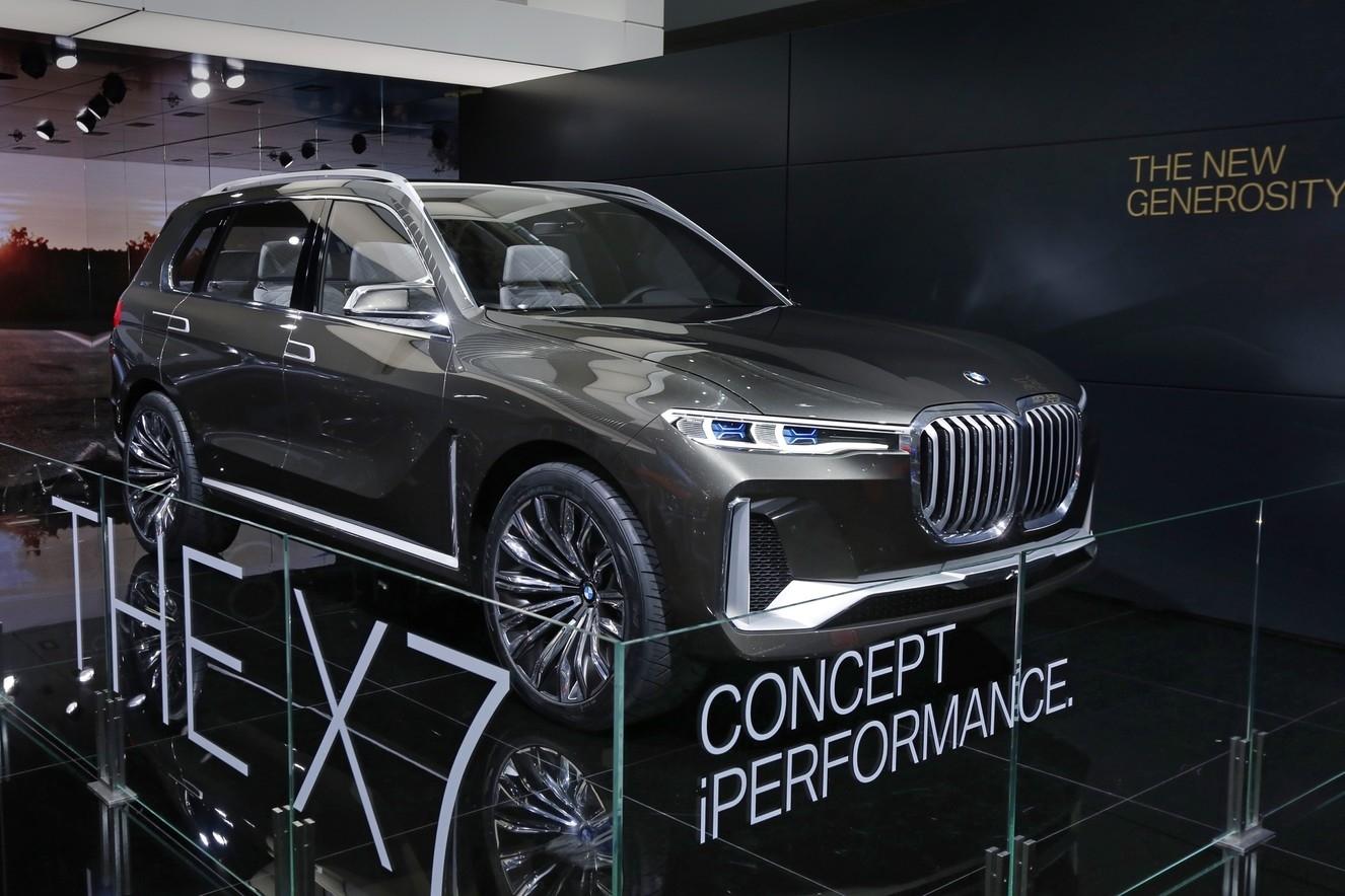 家族旗舰SUV 宝马X7概念车北京车展亮相