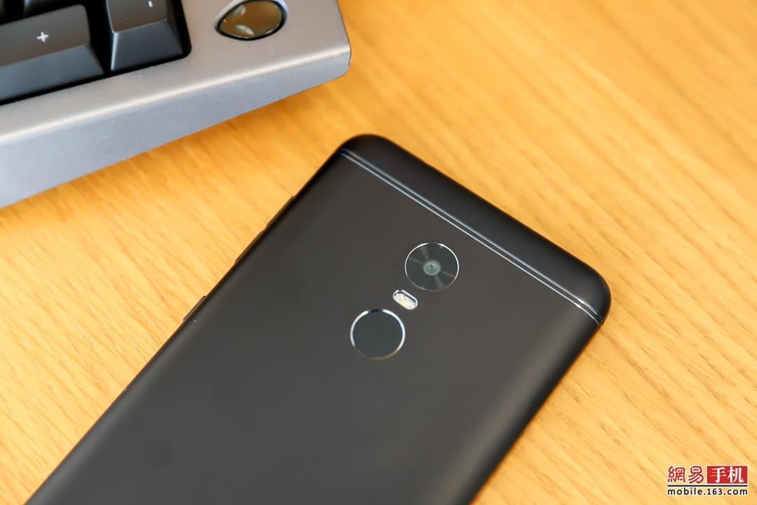 全面屏加持下的长久续航 360手机N6评测