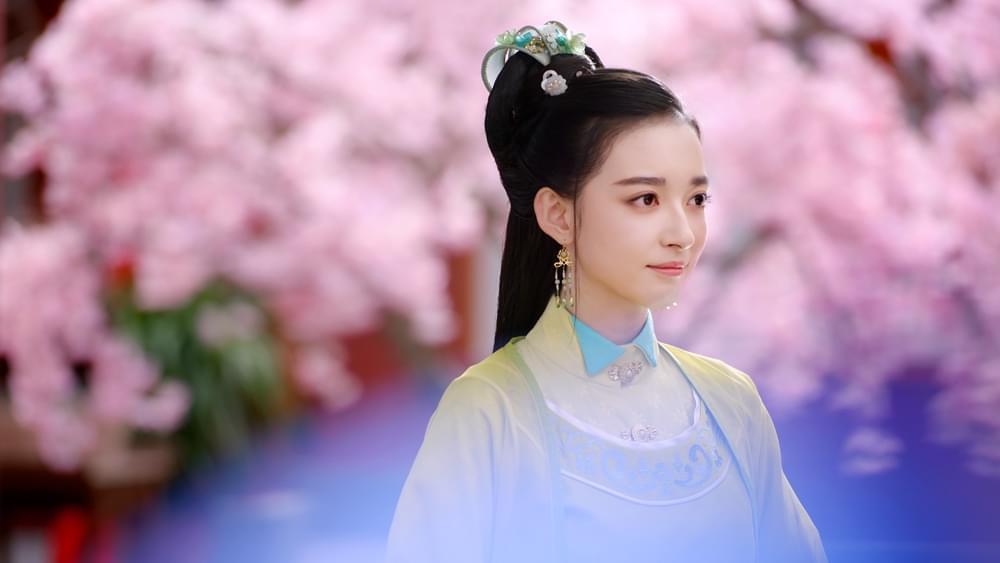 康宁饰演花含羞