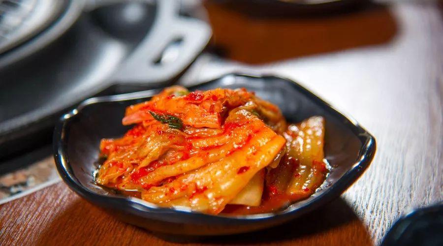 韩国餐厅9成泡菜产自中国 为了面子他们要这样干