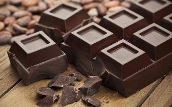 """常吃黑巧克力可使衰老细胞""""新生"""""""