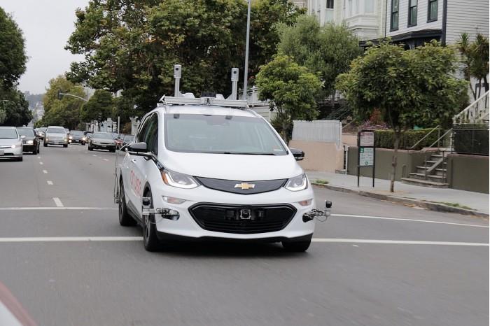 通用因自动驾驶汽车与摩托车发生事故面临诉讼