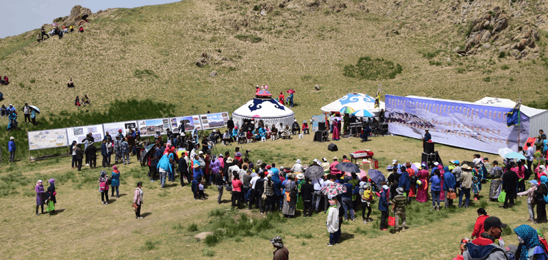 阿拉善右旗蒙古语诗歌比赛活动异彩纷呈