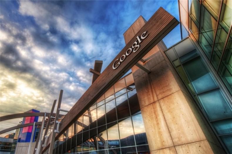 巨头抢占虚拟实境 谷歌已占得先机?