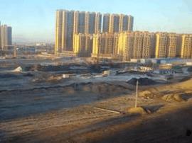 芮城:运城市领导肯定西建捐建的教学楼工程