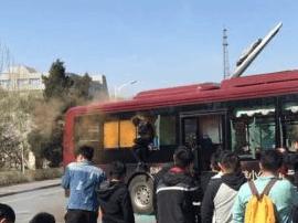 长春公交80路车队开展应急消防演练