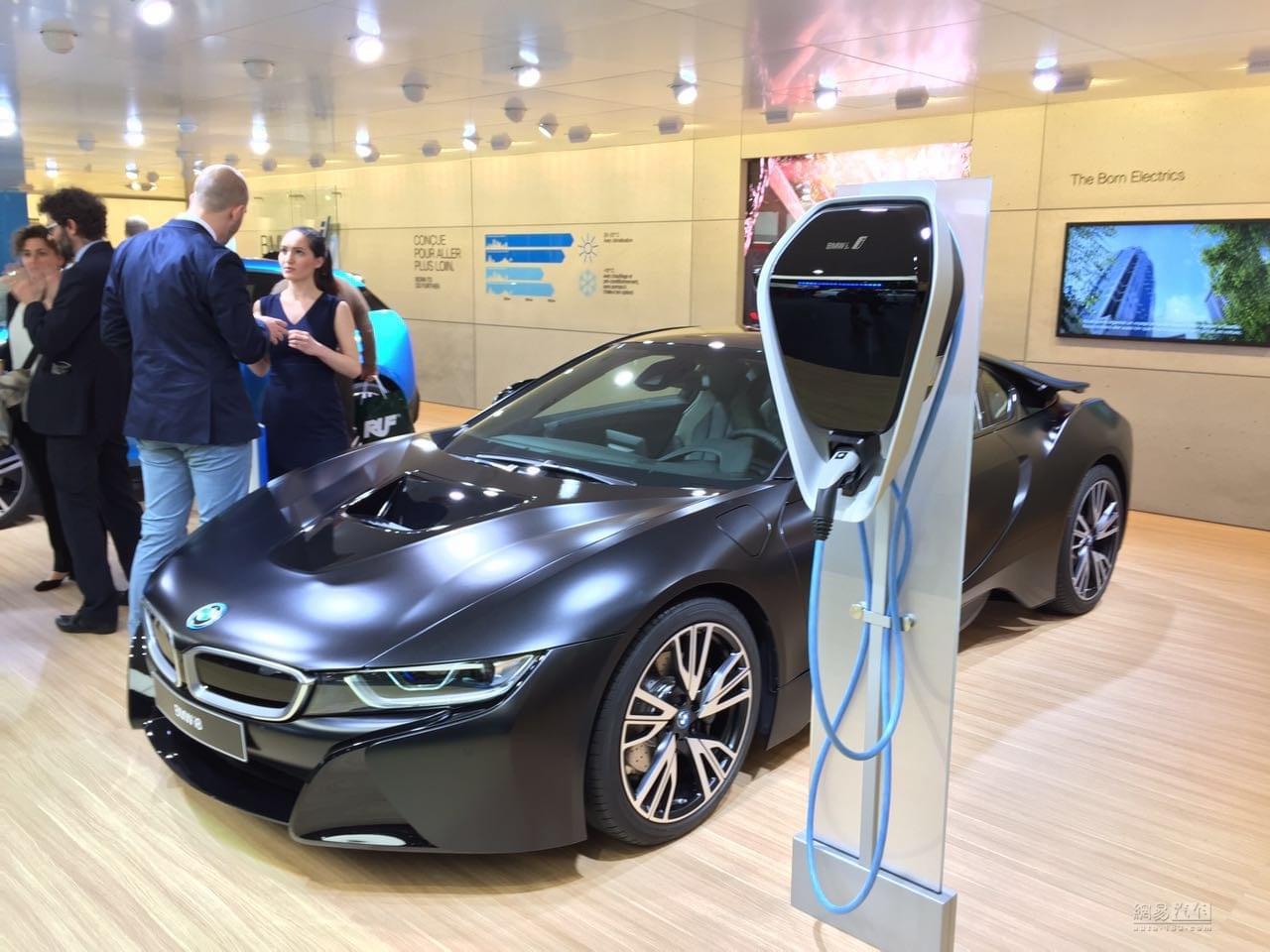 2017日内瓦车展:宝马推出i8特别版车型