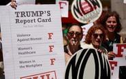 美国爆发反总统妇女大游行