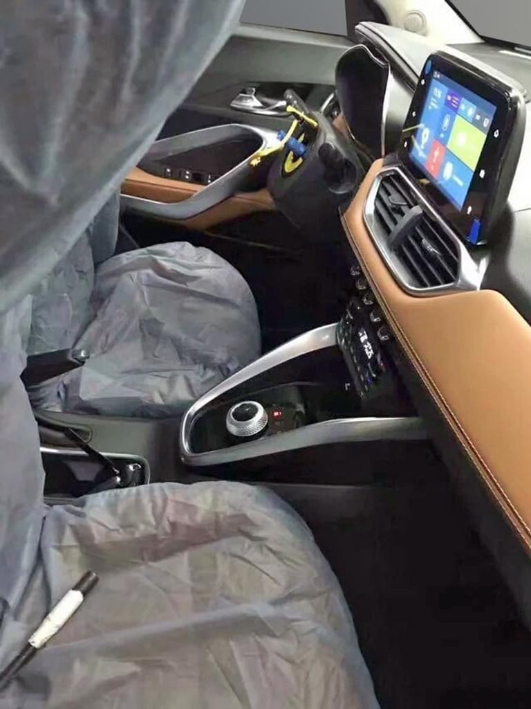 搭载AMT变速箱 曝宝骏510自动挡车型谍照