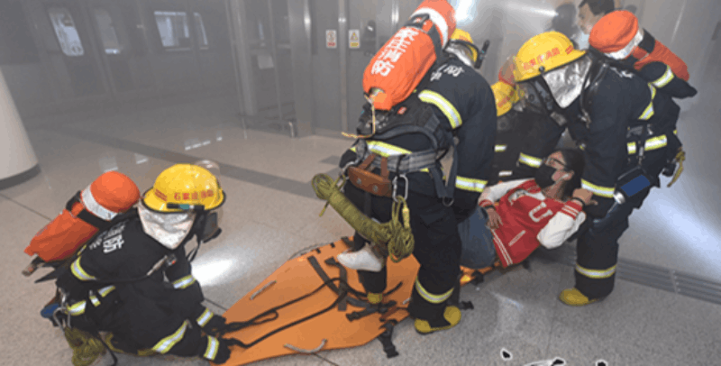 石家庄市消防开展轨道交通运营应急救援演练