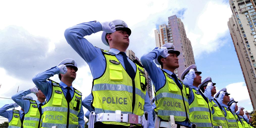 交通安全整治攻坚战 广西交警正在行动