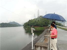 长安凌晨普降大雨 水库均在安全水位运行