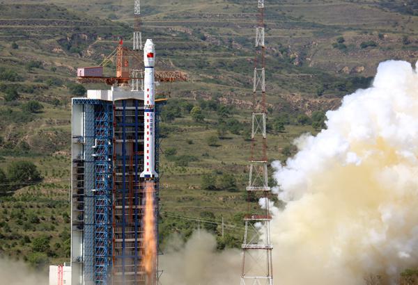 中国一箭三星发射首个民用高分辨率光学业务星座