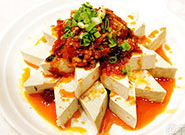 美味的栾川豆腐