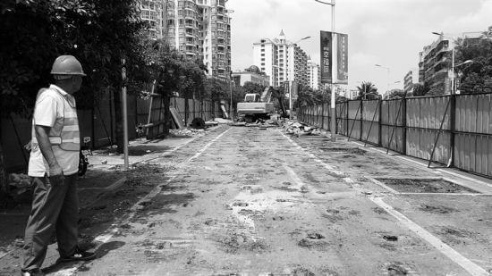 海德路靠近龙昆南路改造施工 将增加两车道