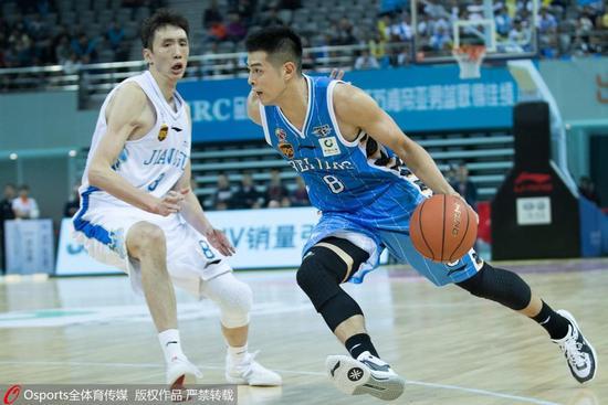江苏擒北京8年后再夺开门红 小科比35分方硕26分