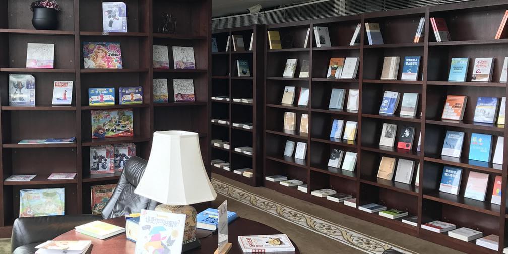 全国首创的概念书屋候机厅免费开放?小编带你探秘!