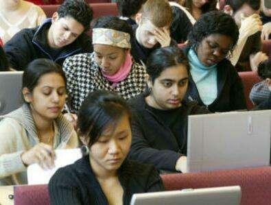 更多印度人愿到中国留学:学费低还提供工作