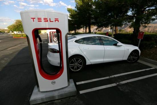 特斯拉有新挑战:Model 3会让高端Model S难卖?