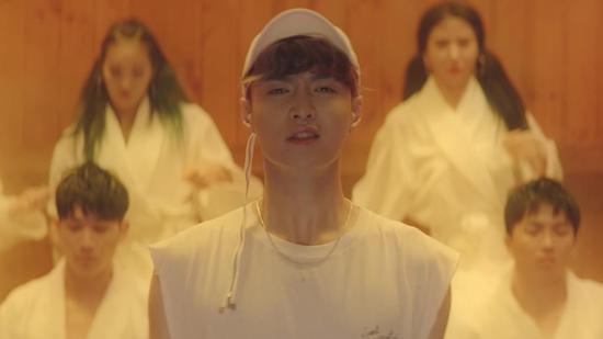 张艺兴新专辑《SHEEP》首发 同名主打歌MV强势上线