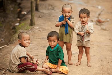 联合国难民署报告:全球约350万难民孩童未就学