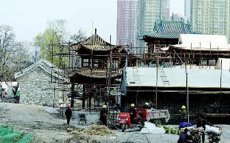 迎泽公园二期施工正酣 花鸟鱼市变古色古香庭院