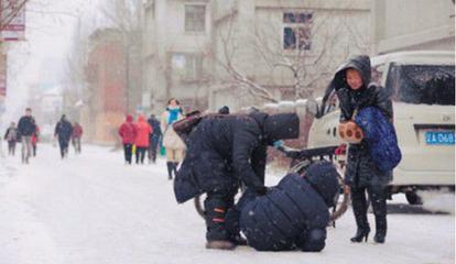 受雨雪天气影响 荆州呼吸道疾病和骨折患者增多