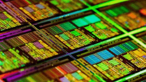 AMD春天 GF宣布7纳米LP工艺2018年量产