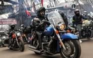 战斗民族摩托车大游行