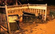 夜访陕西绥德:淤泥漫街头