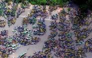 上万共享单车违停被清拖