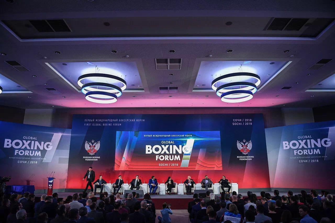 第一人!邹市明入选拳击名人堂 创中国拳击历史