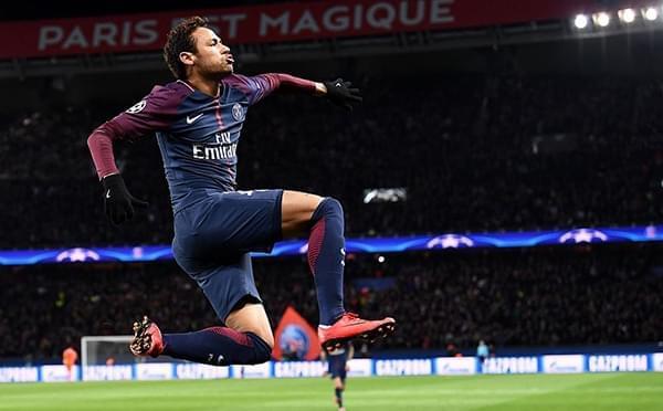 内马尔2射1传卡瓦尼2球 巴黎7-1逆转凯尔特人