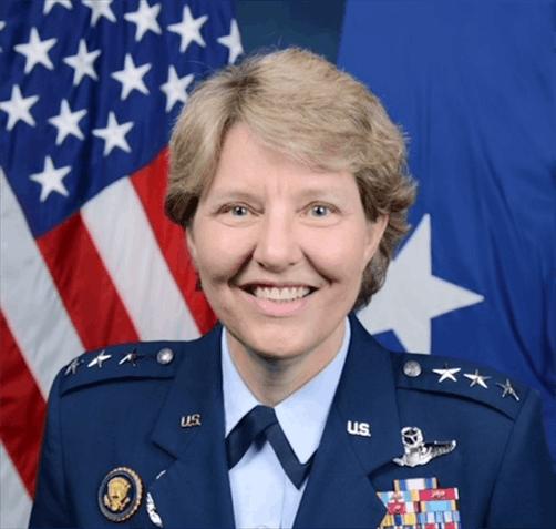 NBA聘前空军女中将任高级副总 全权负责裁判事务