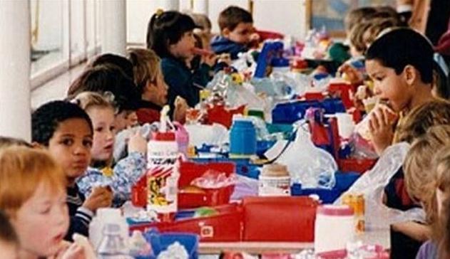 大选倒计时之际 英首相欲取消免费小学生午餐