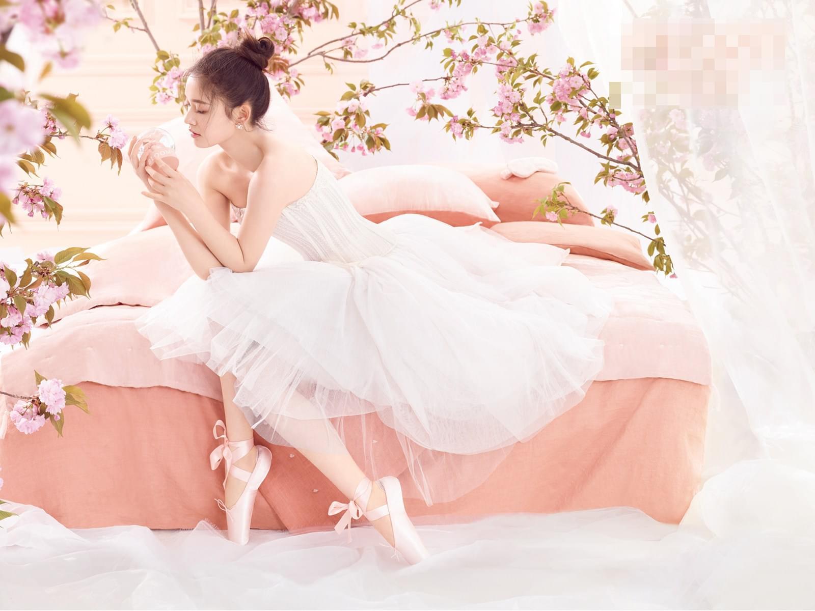 林允优雅变身芭蕾舞娘
