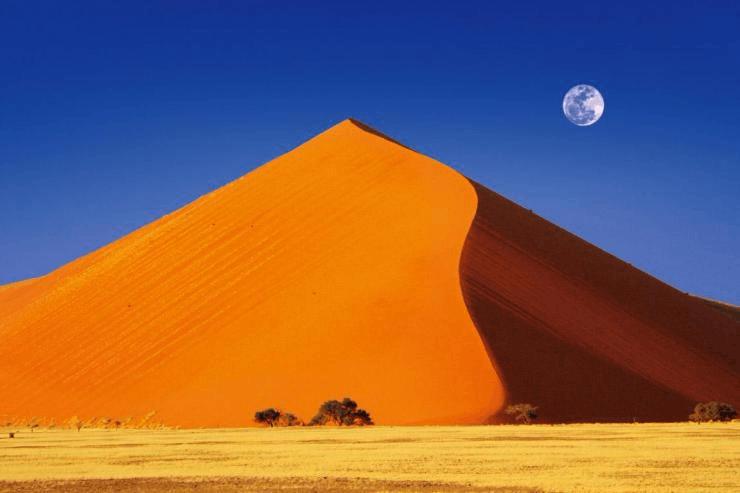 【内蒙古之最】我国最高的沙山